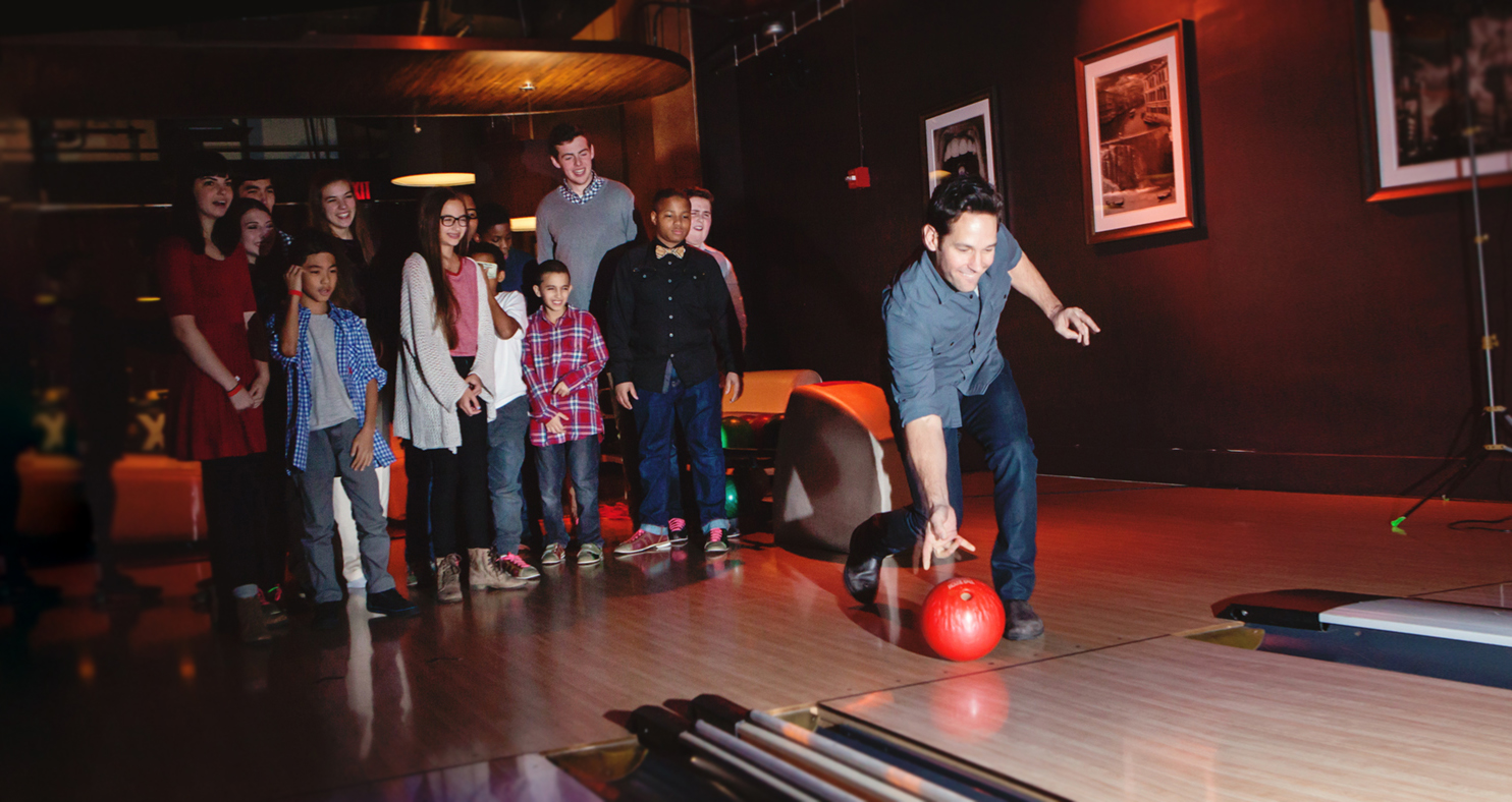Paul Rudd's 6th Annual All-Star Bowling Benefit